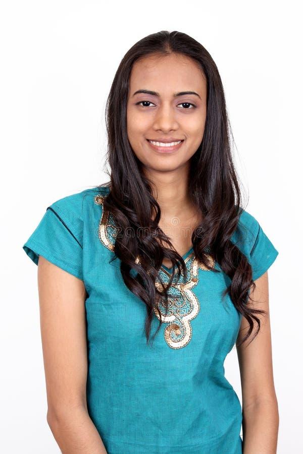 美丽的女孩印第安年轻人 免版税库存图片