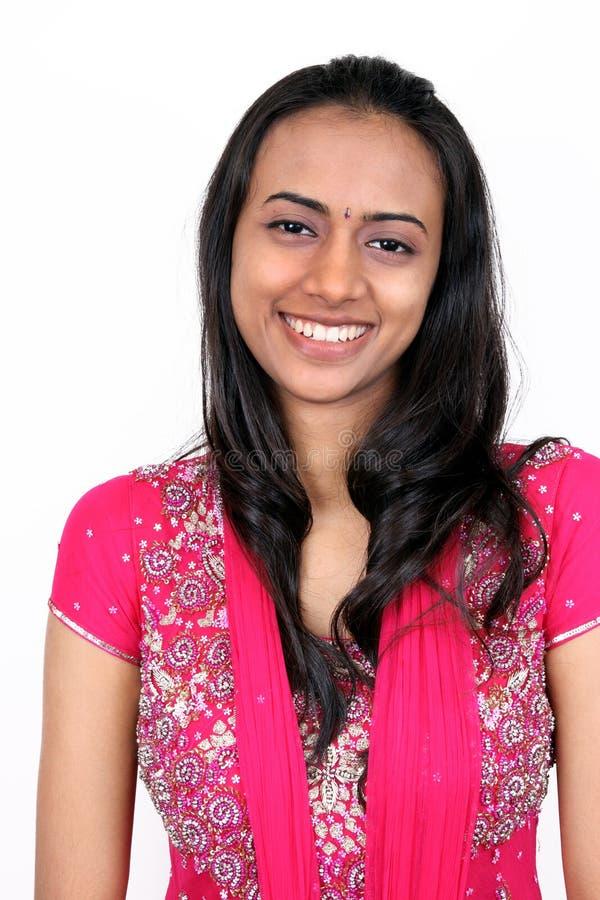 美丽的女孩印第安年轻人 免版税图库摄影