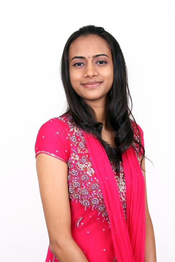 美丽的女孩印第安年轻人 免版税库存照片