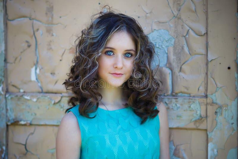 美丽的女孩年轻人 库存图片