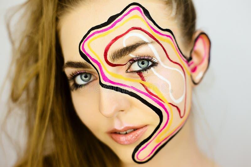 美丽的女孩画象有创造性的组成 库存图片