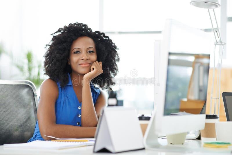 美丽的女性企业家 免版税库存照片