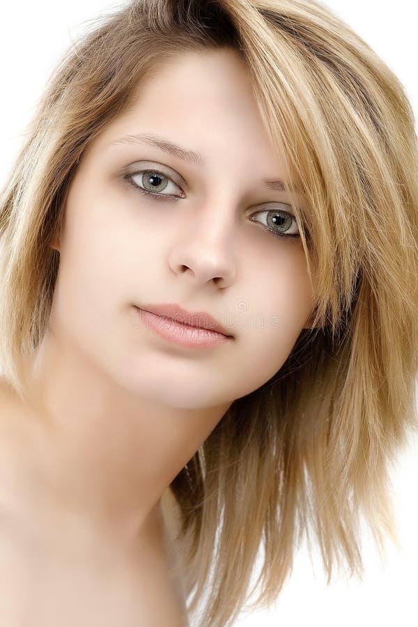 美丽的女性模型纵向 免版税库存图片