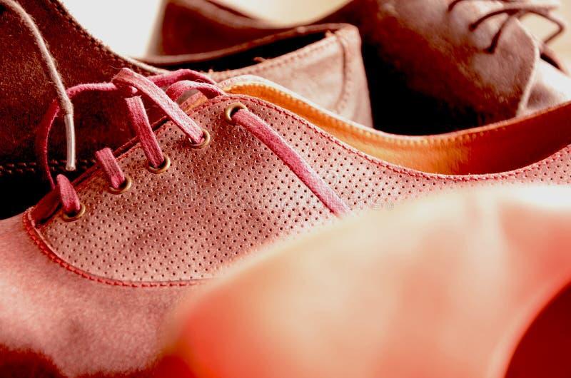 美丽的妇女和人鞋子 图库摄影