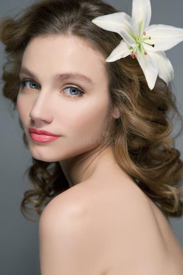 美丽的妇女档案有蓝眼睛的 库存图片