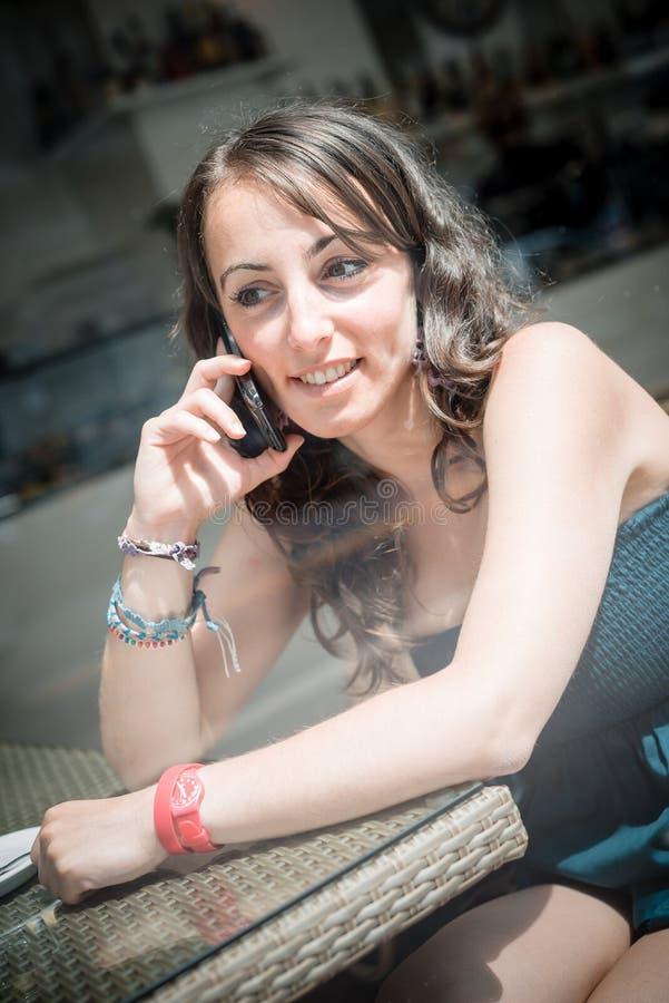年轻美丽的妇女 免版税库存图片