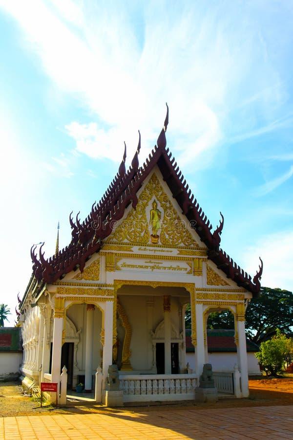 美丽的寺庙在南泰国, Wat pra那chaiya素叻他尼 免版税库存图片