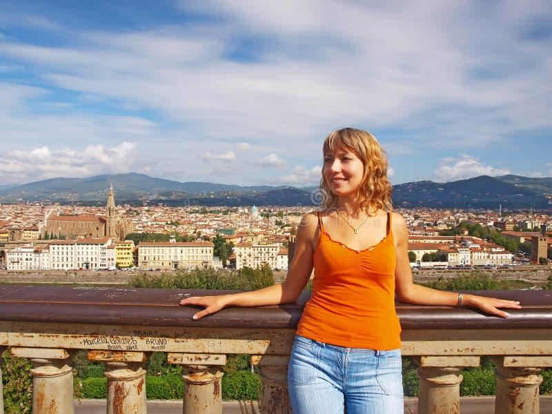 美丽的少妇在佛罗伦萨 库存图片