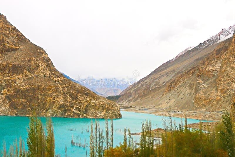 美丽的峡谷Color湖和山 库存图片