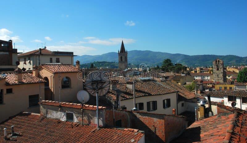 美丽的市的全景阿雷佐在托斯卡纳-意大利 库存照片