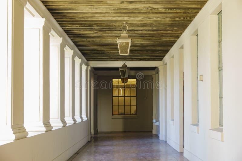 美丽的帕萨迪纳市政厅的下午视图在洛杉矶,加利福尼亚 免版税库存图片