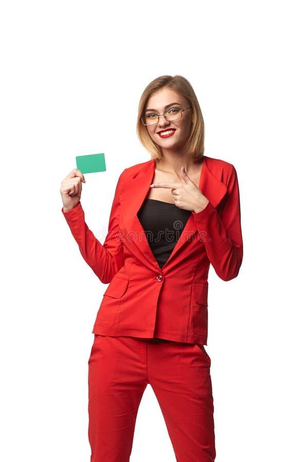 美丽的微笑的女商人佩带的眼镜和在r 免版税库存图片