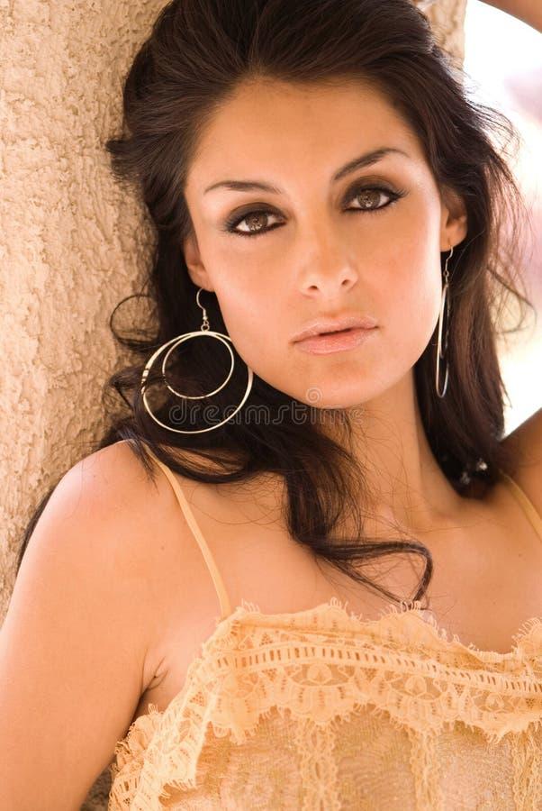 美丽的拉丁妇女 免版税库存图片