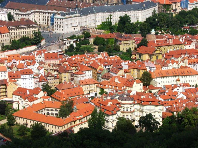 美丽的捷克布拉格红色共和国屋顶 库存照片