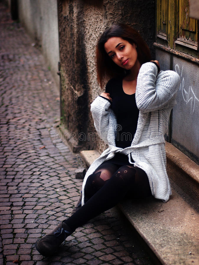 美丽的摩洛哥女孩在帕多瓦 库存照片