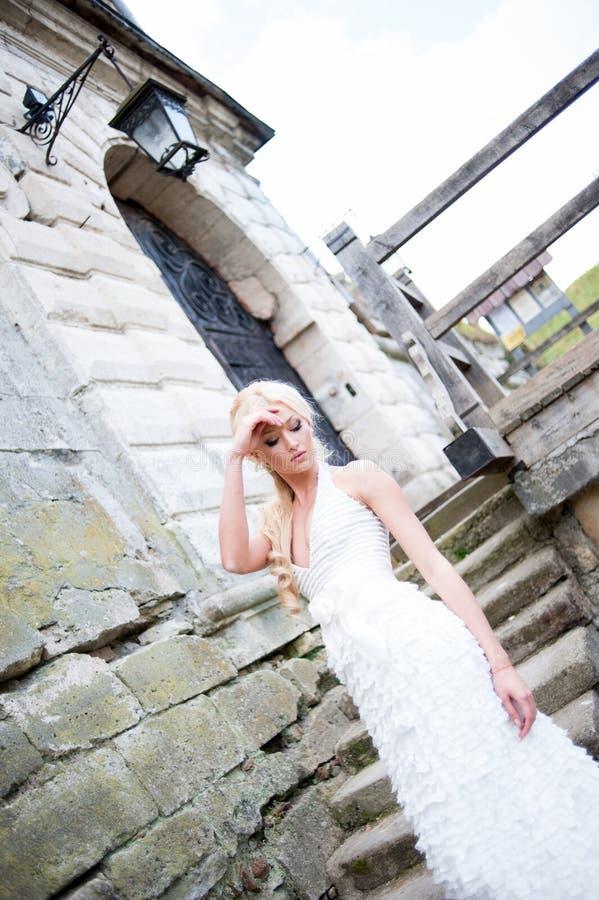 美丽的新娘肉欲的画象  库存图片