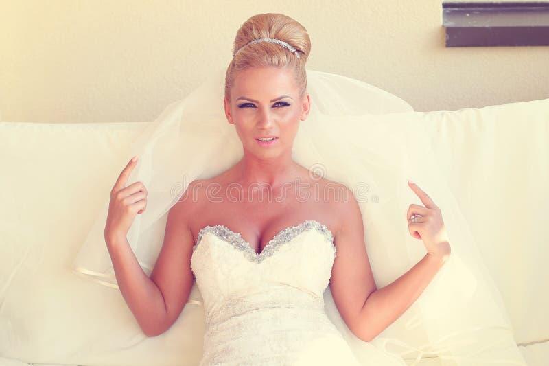 美丽的新娘 免版税图库摄影