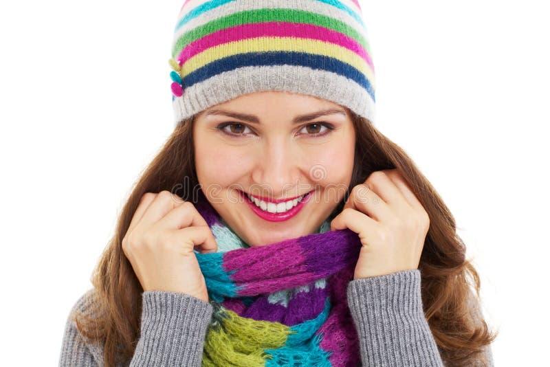 美丽的明亮的女孩帽子围巾 免版税库存照片