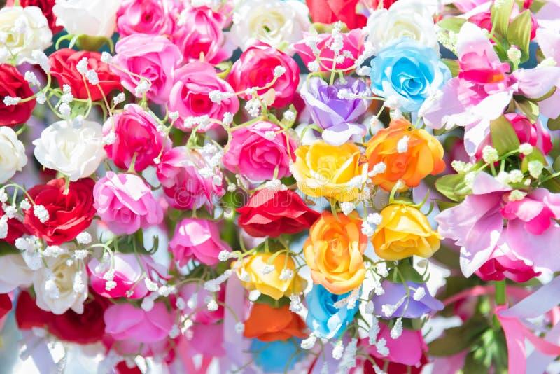 美丽的束花 婚姻和骗局的五颜六色的花 免版税库存图片