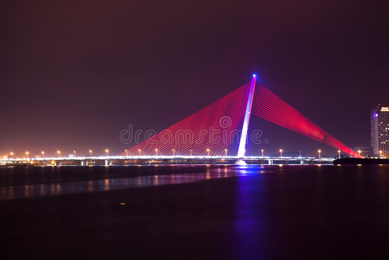 美丽的桥梁在岘港市市 图库摄影