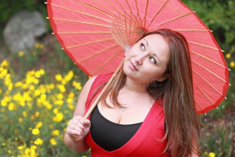 美丽的检查的天气妇女 免版税库存图片