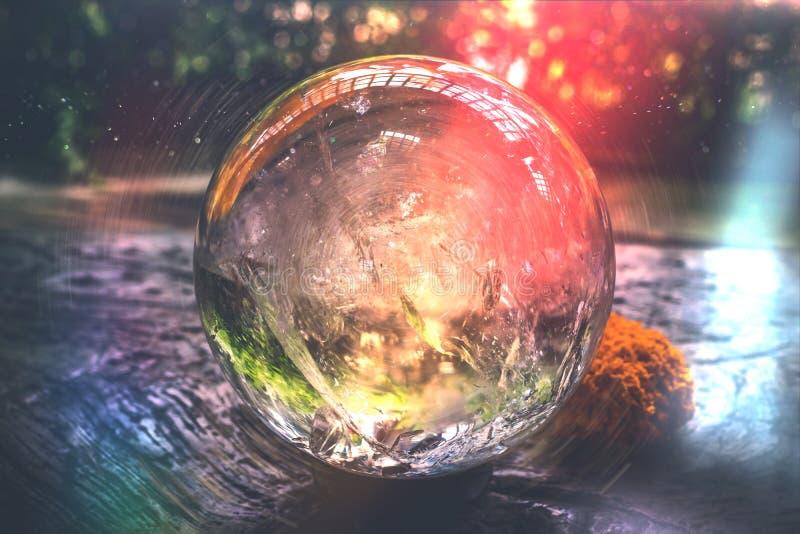 美丽的水晶球或一个抽象圈子 魔术球 3d抽象背景球玻璃 免版税库存照片