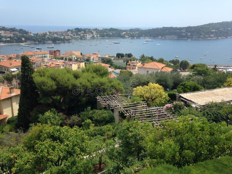 美丽的海湾的看法在滨海自由城的 免版税库存照片