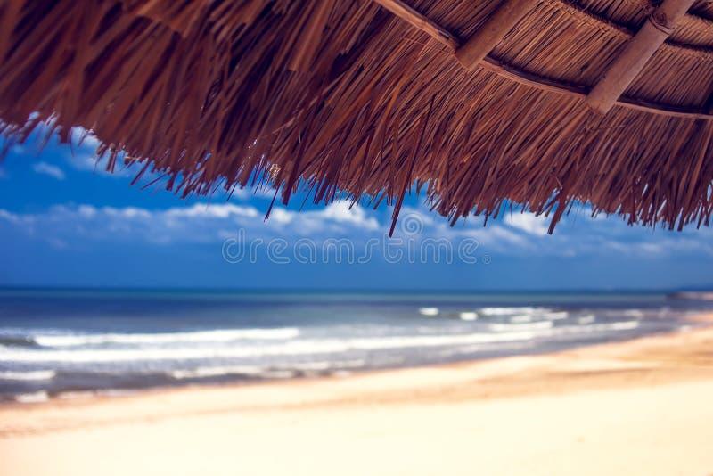 美丽的海滩 暑假和假期概念背景 图库摄影