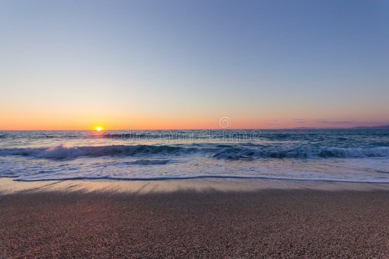 美丽的海滩和日落 图库摄影