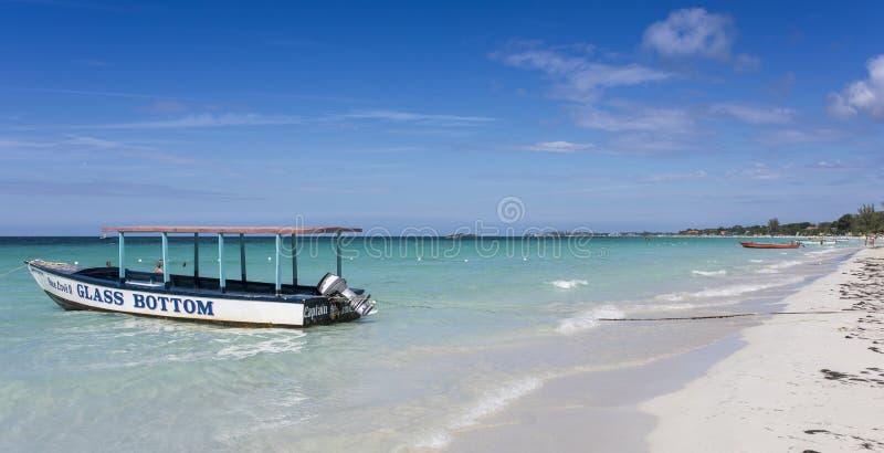 美丽的海滩在内格里尔,牙买加 库存照片