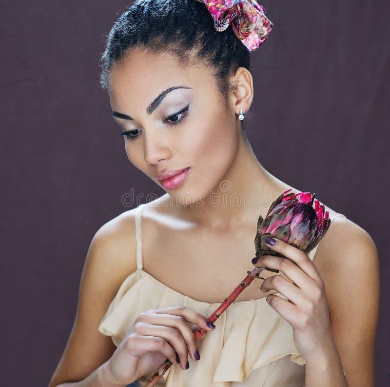美丽的混合的族种女孩画象 图库摄影