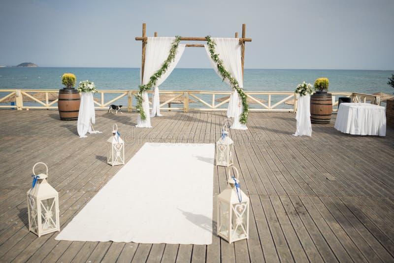 美丽的灯笼,婚姻的装饰 从希腊的惊人的婚礼股票摄影!从希腊的惊人的婚礼股票摄影! 免版税库存图片