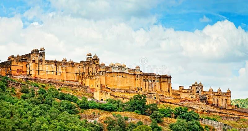 美丽的琥珀色的堡垒在斋浦尔,拉贾斯坦,印度 全景 图库摄影