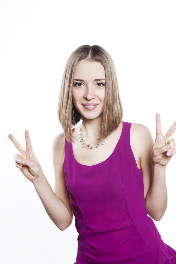 美丽的白肤金发的sundress妇女年轻人 免版税库存图片