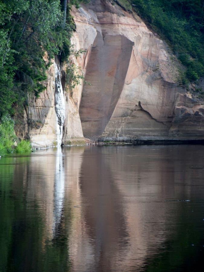 美丽的砂岩峭壁,美好的颜色 免版税库存图片