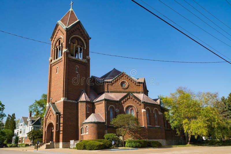 美丽的砖教会 免版税图库摄影