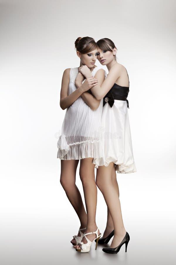 美丽的礼服女孩纵向二 免版税库存照片