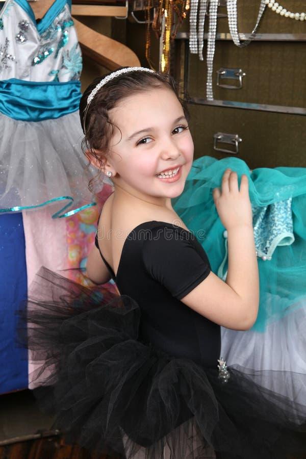 美丽的舞蹈演员 免版税库存照片