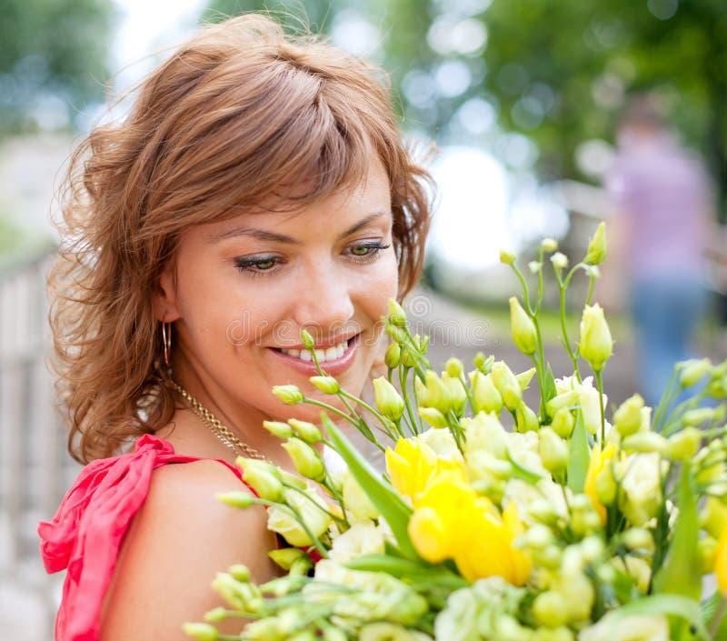 美丽的花束妇女年轻人 库存图片