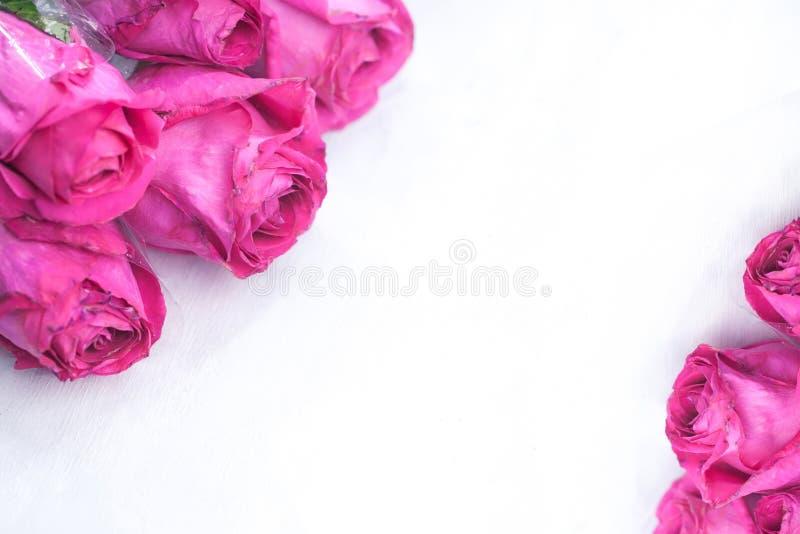 美丽的花束明亮的玫瑰 库存照片