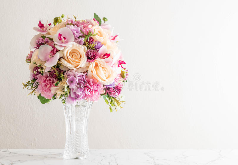 美丽的花束花 免版税库存照片
