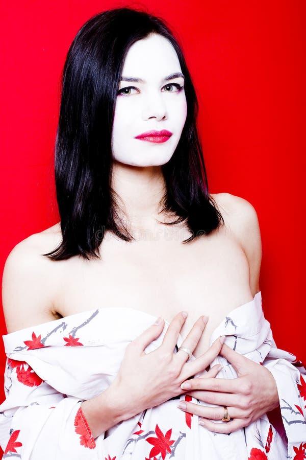 美丽的苍白皮肤妇女 库存图片