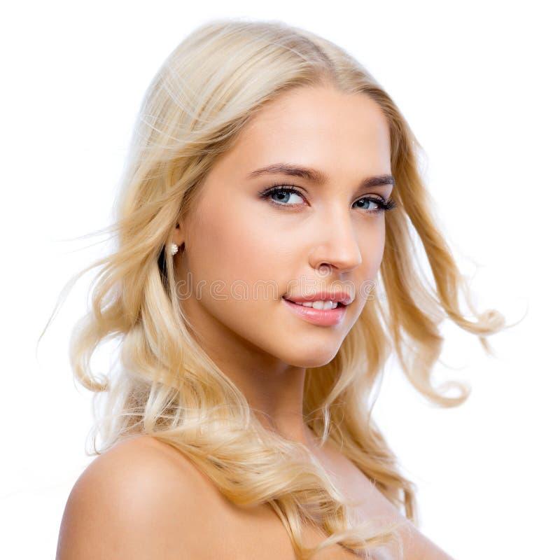 Download 美丽的表面妇女年轻人 库存照片. 图片 包括有 发型, 健康, 头发, 干净, 高雅, 女性, 生气勃勃 - 62533028