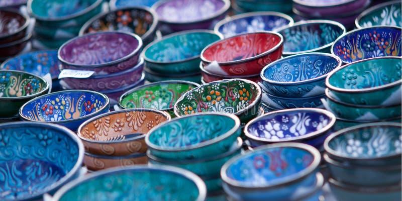 美丽的被绘的碗 免版税库存照片