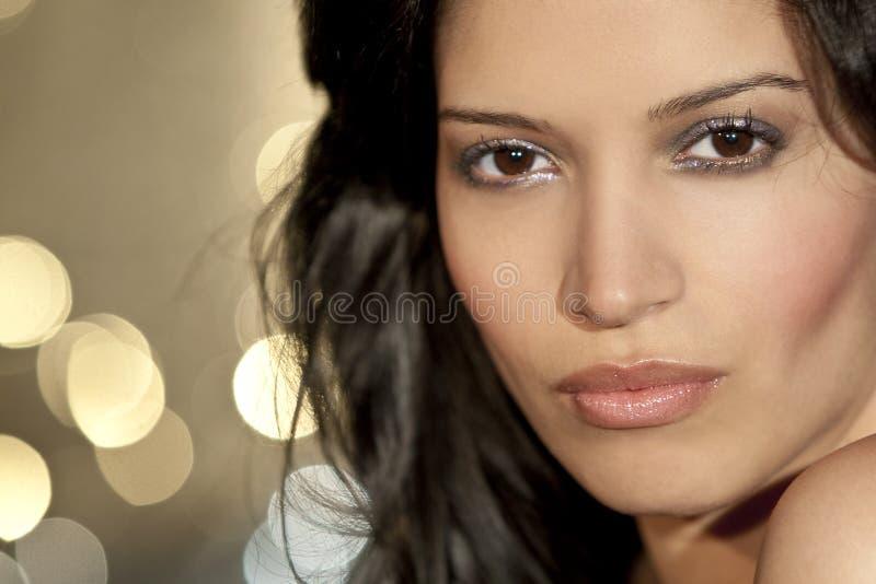 美丽的西班牙拉提纳妇女年轻人 库存图片