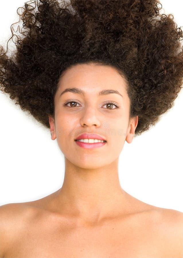 美丽的黑人微笑的妇女 免版税图库摄影