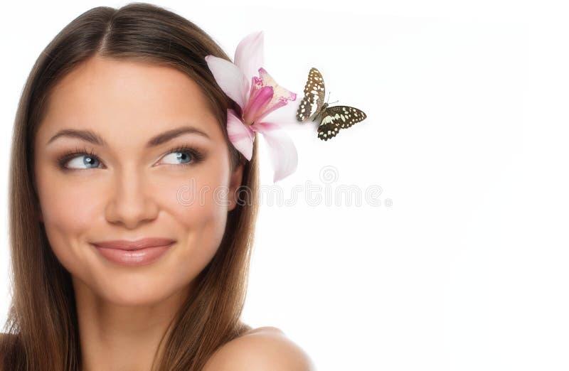 美丽的年轻深色的妇女 免版税库存照片
