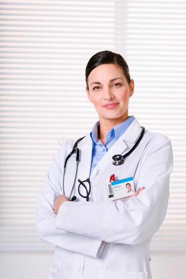 美丽的医生女性听诊器 图库摄影
