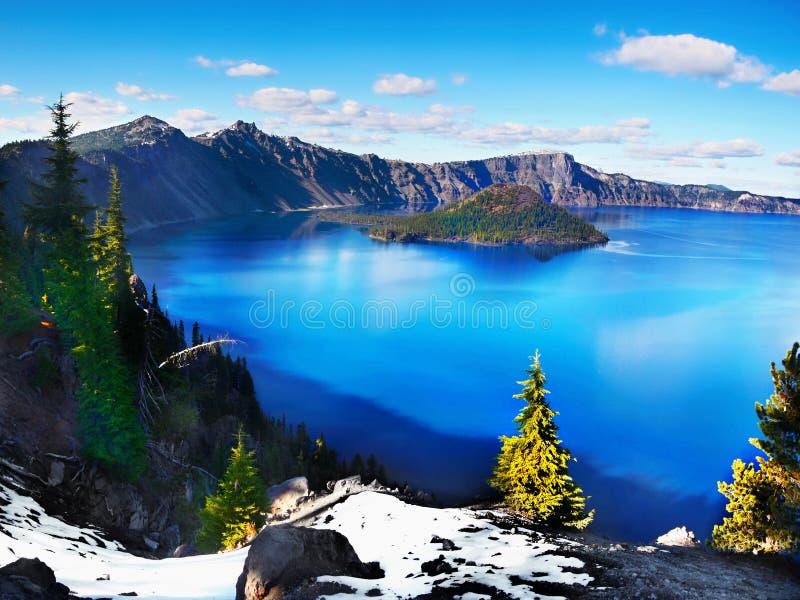 美丽的America最深的湖, Crater湖俄勒冈,旅游胜地 库存图片