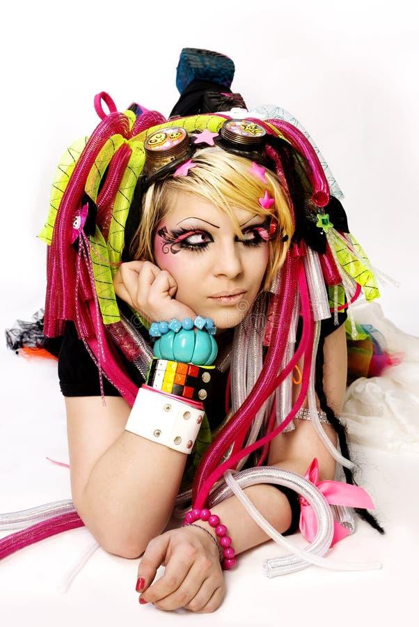 美丽的emo女孩年轻人 免版税库存照片